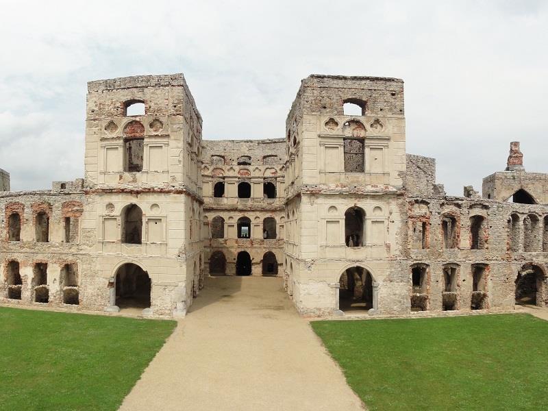 Zamek Krzyżtopór  1