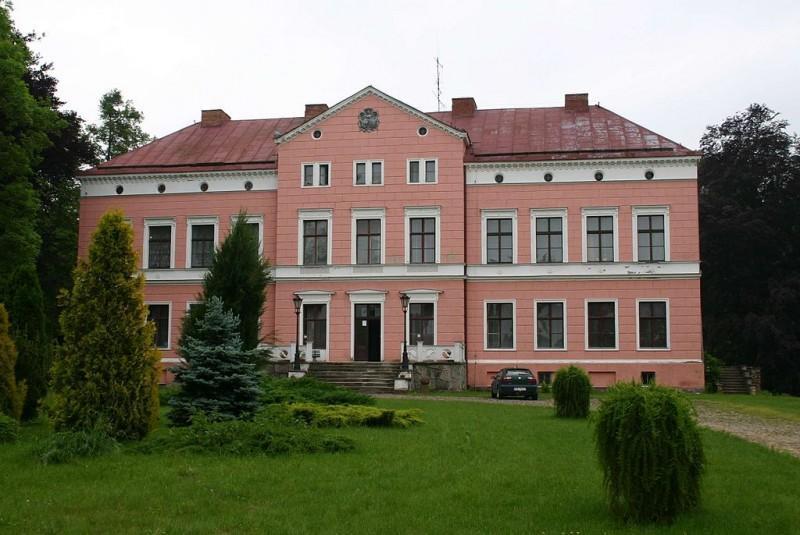 Pałac w Kwitajnach 1