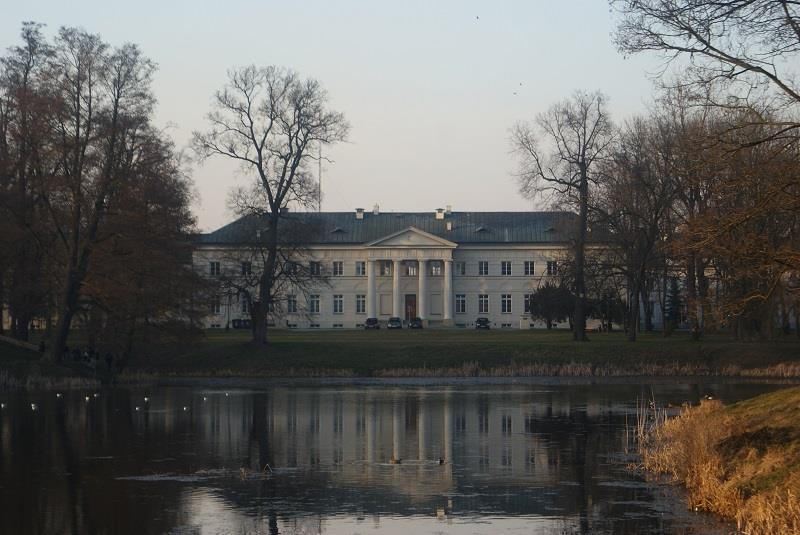Pałac w Dęblinie 1
