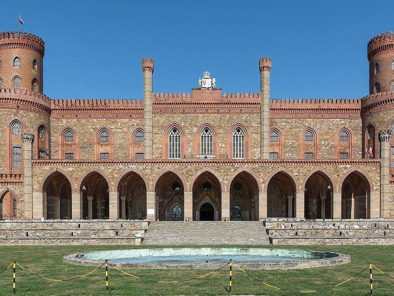 Pałac Marianny Orańskiej 1