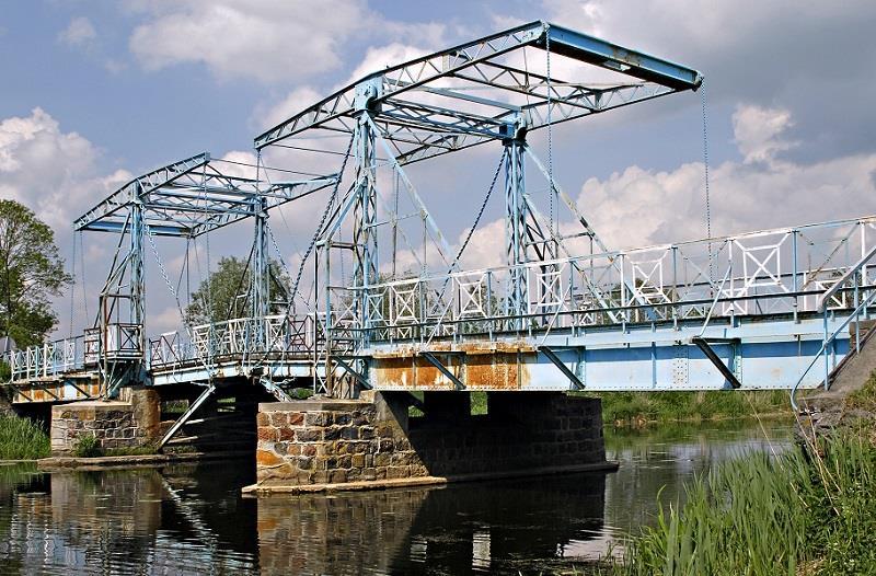Most Zwodzony w Jeziorze 1