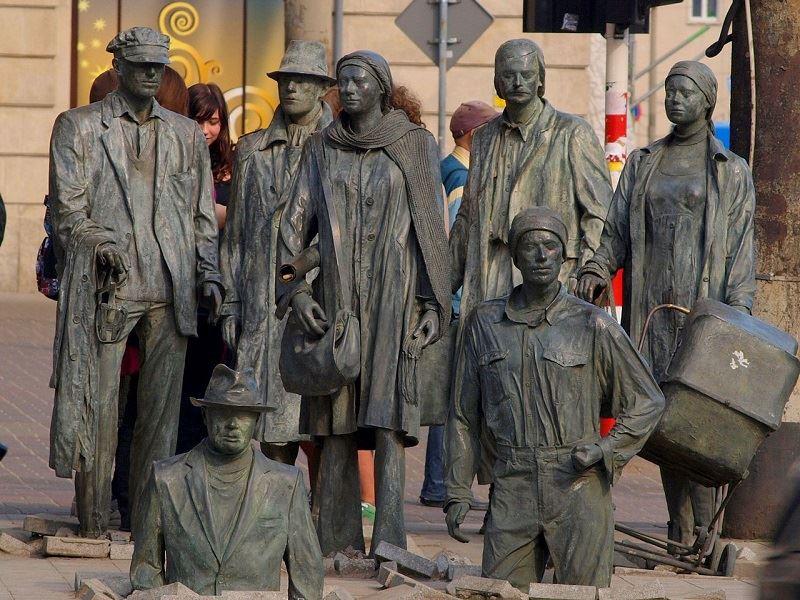 Pomnik Anonimowego Przechodnia 1