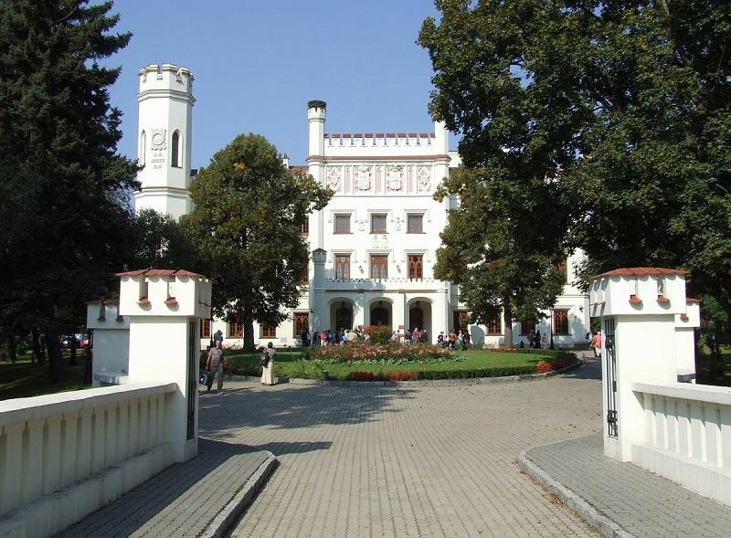 Pałac w Starejwsi 2