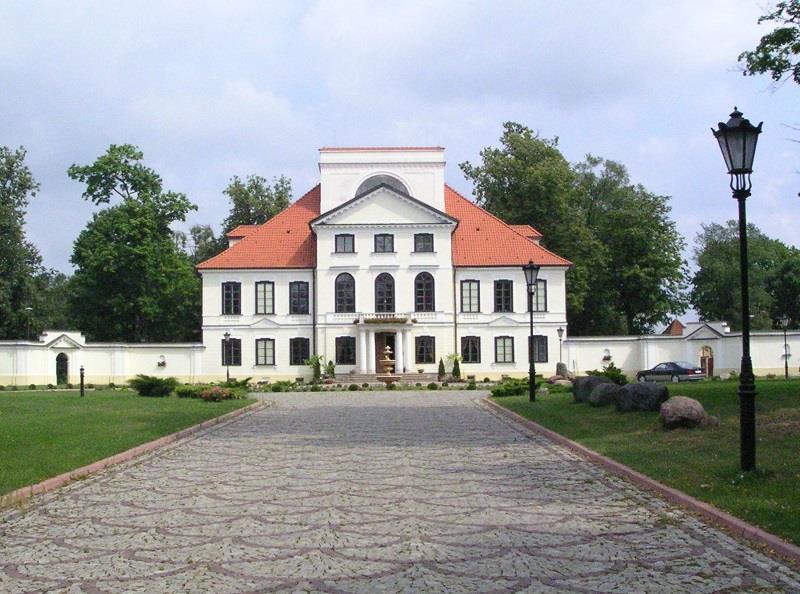 Pałac Ossolińskich w Sterdyni 1