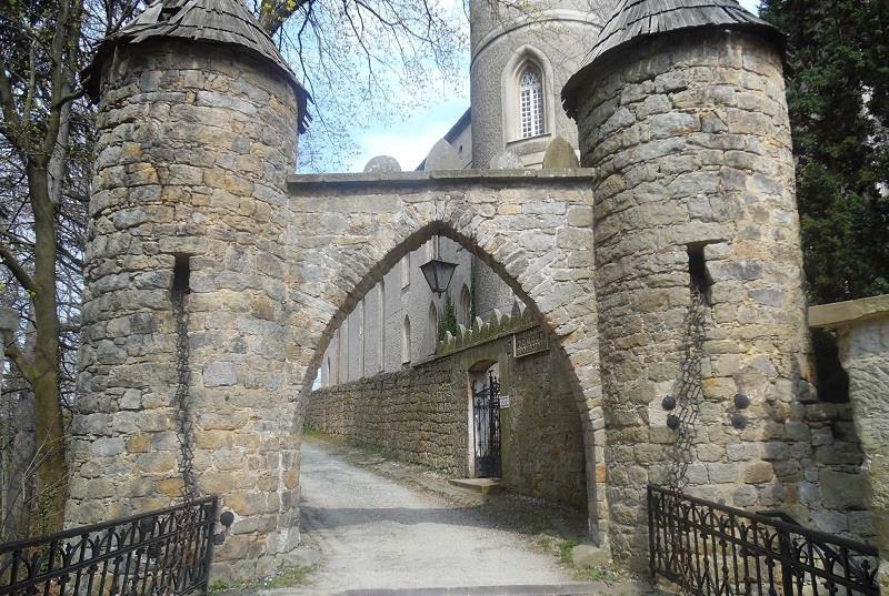 Zamek Leśna 3