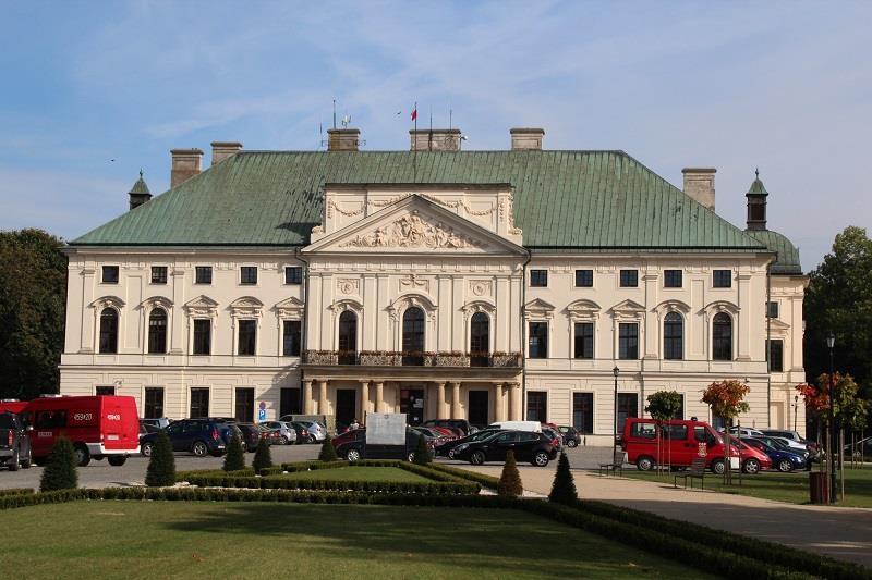Pałac Sanguszków 1