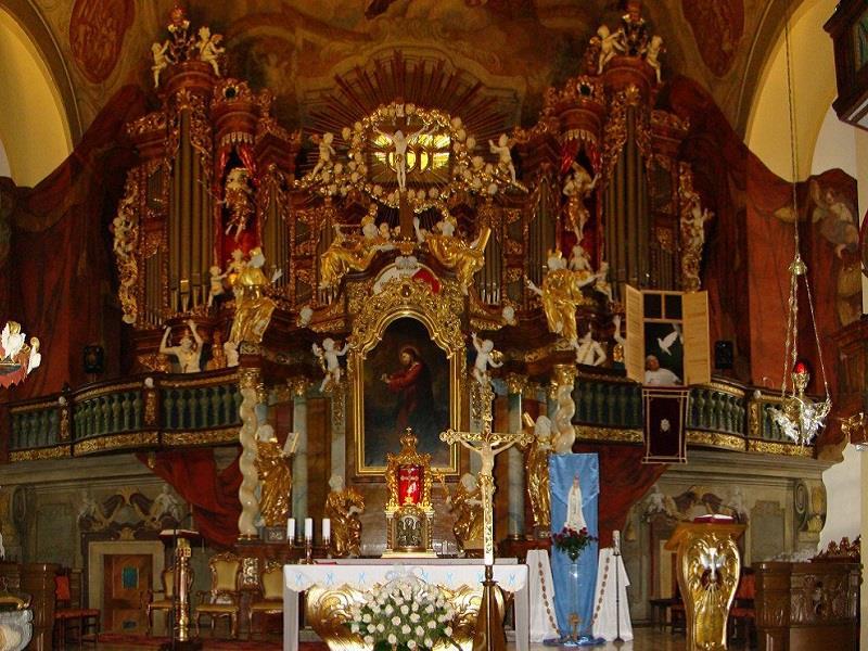 Kościół Podwyższenia Krzyża 3