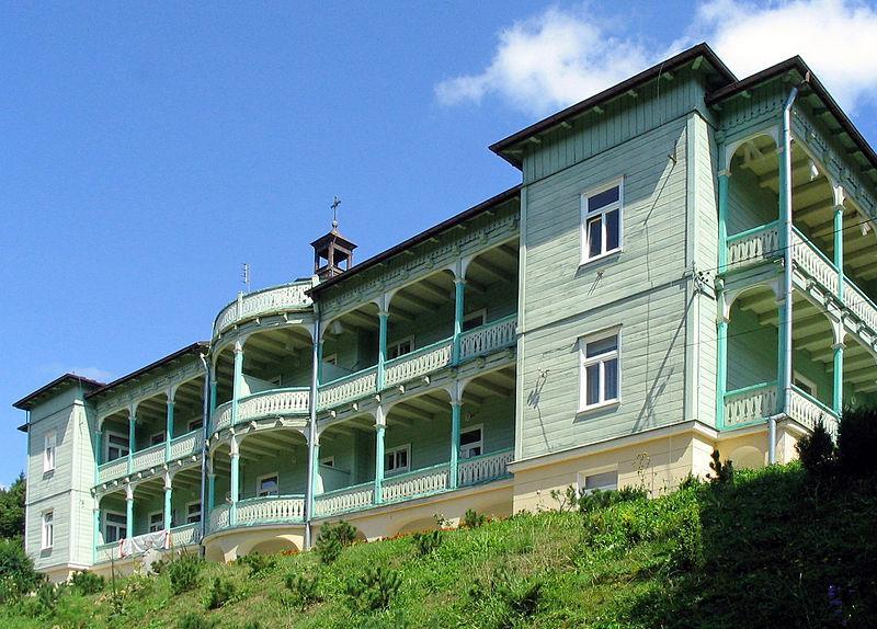 Klasztor Nazaretanek w Komańczy 1