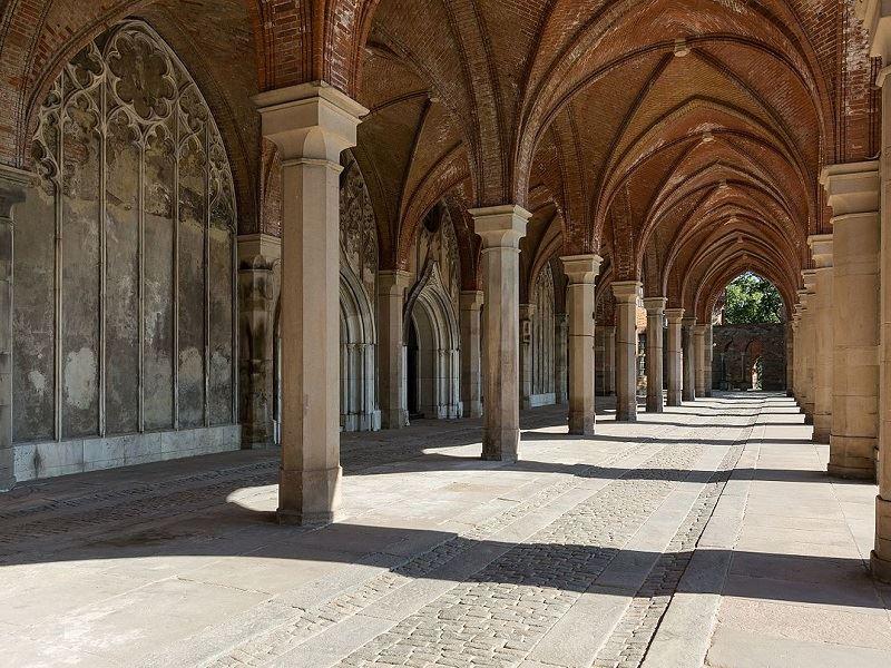 Pałac Marianny Orańskiej 2