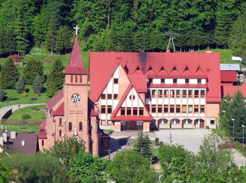 Sanktuarium w Korbielowie 1